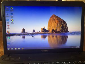 Toshiba Laptop win7 for Sale in Fort Myers, FL