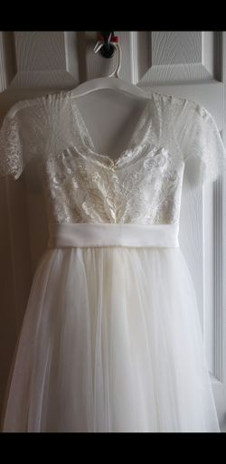 Lace flower girl dress for Sale in Dacula,  GA