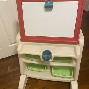 Step 2 Child's Easel/desk for Sale in Mesa, AZ