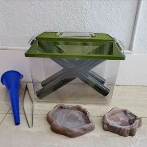 Reptile Food - Cricket Catcher, Funnel, Tongs, Dishes for Sale in Miami, FL