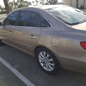 Hyundai azera límite for Sale in Miami, FL