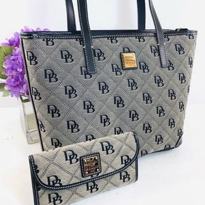 Dooney & Bourke Charleston Tote & Wallet for Sale in Cleveland, OH