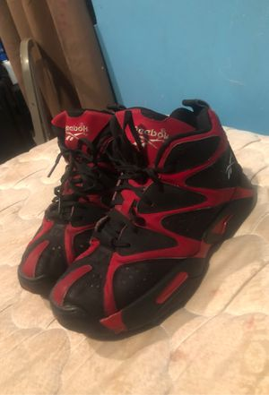 Reebok shoes size 7 for Sale in Takoma Park, MD