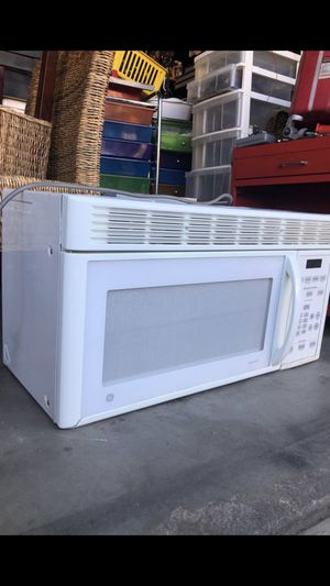 Big microwave for Sale in Fontana, CA