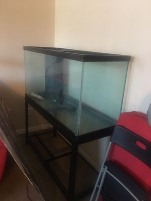 Large. Fish tank for sale for Sale in Orlando, FL