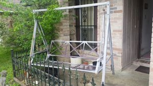 NICE 3 SEATER METAL PORCH OR YARD SWING GALVANIZED STEEL for Sale in Houston, TX