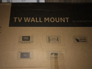 NEW IN BOX BLACK FULL ROTATION FIXED/ FLAT WALL MOUNT BRACKET for Sale in Denver, CO