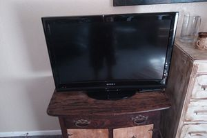 Element 32 inch TV...perfect condition for Sale in Abilene, TX