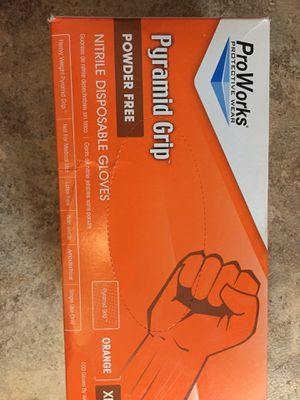 Pro works pyramid grip XL orange nitrile disposable gloves 100 count for Sale in Cheyenne, WY