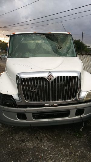 2006 International 4300 parts truck for Sale in Tampa, FL