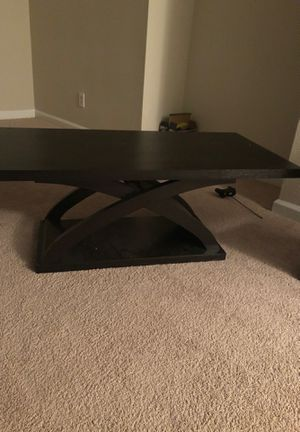 Coffee table (1 table) for Sale in Atlanta, GA