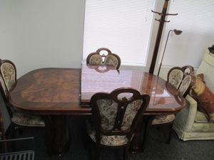 Fantastic Walnut Inlaid Design Dining Set - Delivery Available for Sale in Tacoma, WA