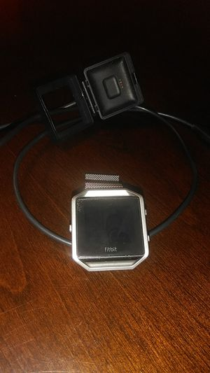 Fitbit blaze magnetic wrist band for Sale in Phoenix, AZ