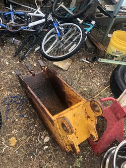 Tractor scoop for Sale in San Angelo,  TX