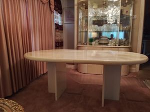 Dining Table and (4) Chairs!! for Sale in Naperville, IL