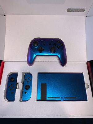 *NEW* Chameleon Nintendo Switch V2 Bundle *READ FOR WHATS INCLUDED* for Sale in Westlake, OH