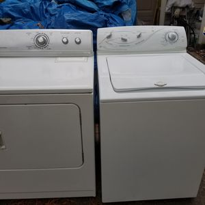 Very nice Maytag washer and dryer for Sale in Raleigh, NC