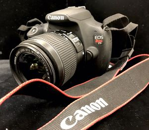 Canon EOS Rebel T5 Digital SLR Camera with EF-S 18-55mm Lens for Sale in Miami, FL