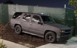 2000 chevy tahoe limited parts for Sale in San Francisco, CA
