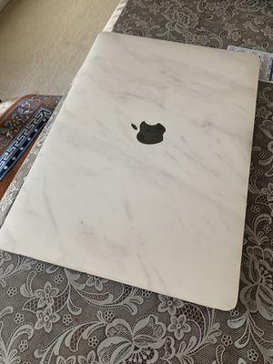 MacBook Pro 2017 for Sale in Vernon Hills, IL