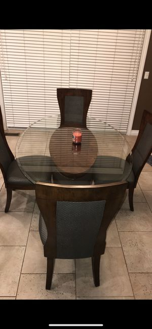 Dining table for Sale in Macomb, MI