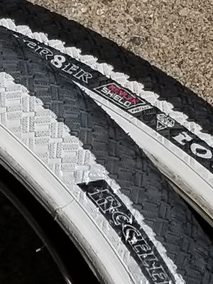 New 20 x 2.1 bmx bike tires pair inner tubes kevlar $40 Firm for Sale in Inverness, IL