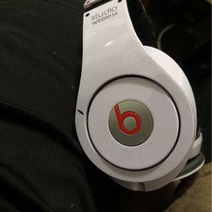Beats By Dr.Dre Bluetooth for Sale in Harvey, LA