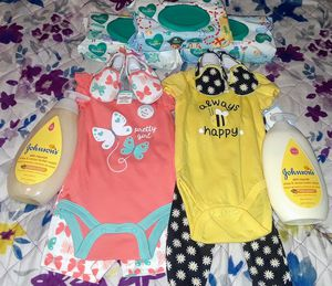 Infant (GIRL) set for Sale in Morrow, GA