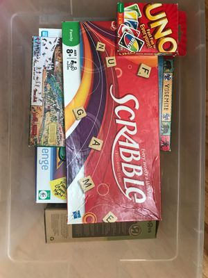Tub of games Monopoly, LIFE, Sorry. Scrabble, Apples to Apples,Tumbling Tower, Uno & 500 pice Yosemite puzzle for Sale in Palmdale, CA