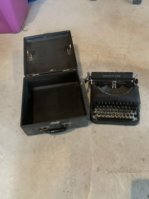 Remington Rand typewriter for Sale in Queens, NY