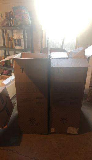 Free Boxes come get them or will take to trash Monday at 10am sept 30th for Sale in Lexington, KY