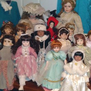 Big Lot Of Antique Dolls for Sale in Hurst, TX