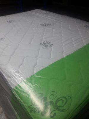 NEW QUEEN MATTRESS AND BOX SPRING FREE DELIVERY WPB AREA for Sale in West Palm Beach, FL