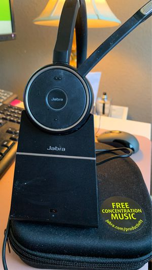 Wireless Jabra Evolve 75 Stereo UC with stand and and case with charging cable for Sale in Hutto, TX