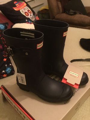 Hunter Rain Boots sz 7 for Sale in Berenda, CA