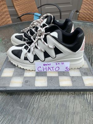 Louis Vuitton Zig zag sneakers for Sale in Chicago, IL