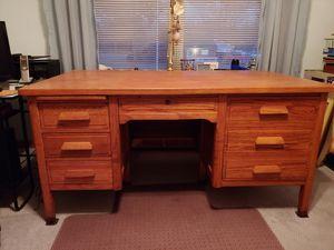 Solid Oak Antique Desk for Sale in Amelia, OH