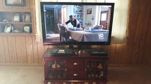 55in tv and stand an dvd player for Sale in Midland City, AL