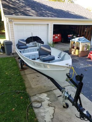 14 ft fishing boat for Sale in Itasca, IL