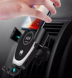 Wireless Automatic Smart Sensor Car Phone Holder and Fast Charger 10W for Sale in Kent,  WA