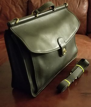 Vintage Coach Beekman Messenger Bag Unisex with Strap for Sale in Oakland, CA