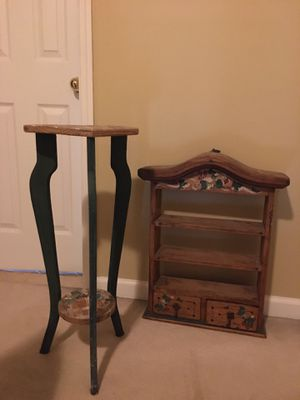 Heart Shape Accent Table and Hanging Shelf for Sale in Mount Olive Township, NJ