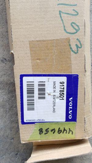 Volvo body side molding s70 v70 for Sale in San Diego, CA