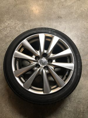 Lexus GS 350 stock rims and tires for Sale in Mercer Island, WA