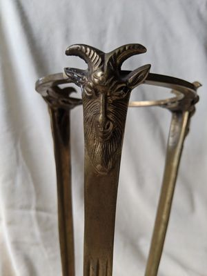 VTG Solid Brass Three Rams Head Tripod Stand Candle Glass Bowl Ball Orb Holder for Sale in Alpharetta, GA