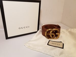 Gucci Snake Buckle Brown Leather Belt for Sale in Queens, NY