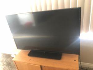Vizio 40 inch smart tv for Sale in Upland, CA