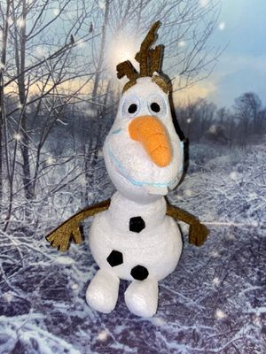 "Frozen Olaf the Snowman Sparkle Plush 8"" for Sale in Lakewood, CA"