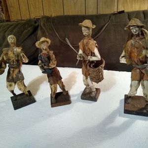 4 Mexican Oriental Paper Mache Doll Figures for Sale in Vancouver, WA