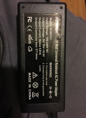 Universal notebook power adapter for Sale in Lebanon Junction, KY